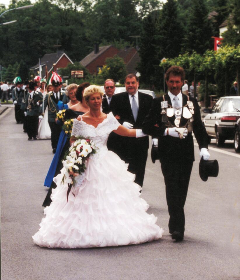 1995 König Gerd-Dieter Theissen, Minister Günther Derichs, Helmut Huppertz