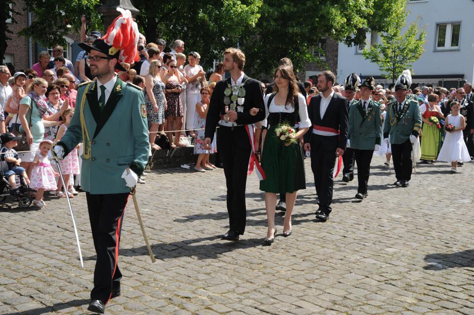 Prinzenadjutant Benjamin Wimmers, Prinz Peter Wimmers mit Anna-Maria Baur, Minister Roman Gersch und Moritz Momme Paysen